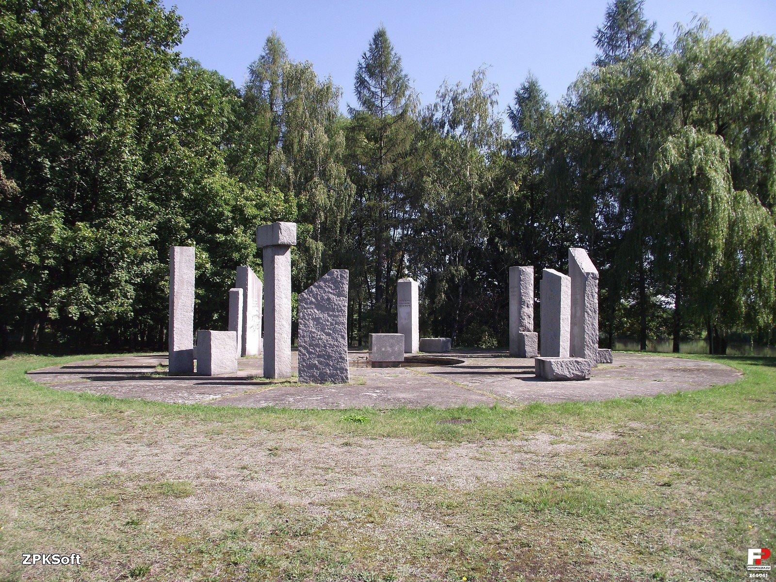 Pomnik Zwycięstwa w Grodkowie
